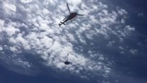 Vuelo del helicóptero para aprovisionar Torca Marino